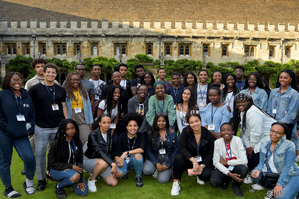 Target Oxbridge participants on a residential at Magdalen College.