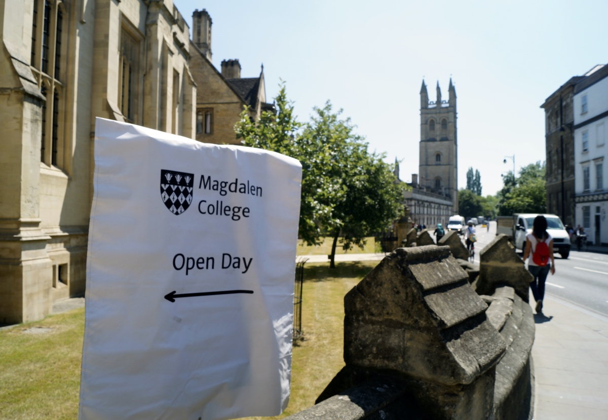 Open Day sign outside Magdalen College.