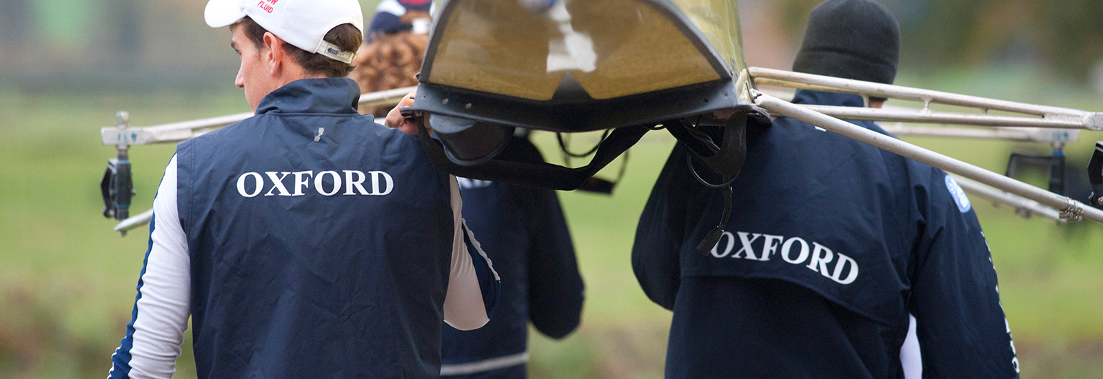 Oxford men power to Boat Race victory as women miss out