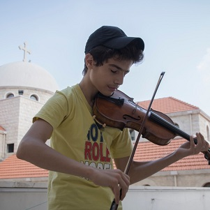 Send in the strings: Violin sent to young Syrian musician