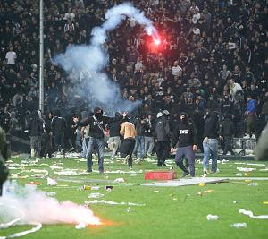 Social bonding key cause of football violence