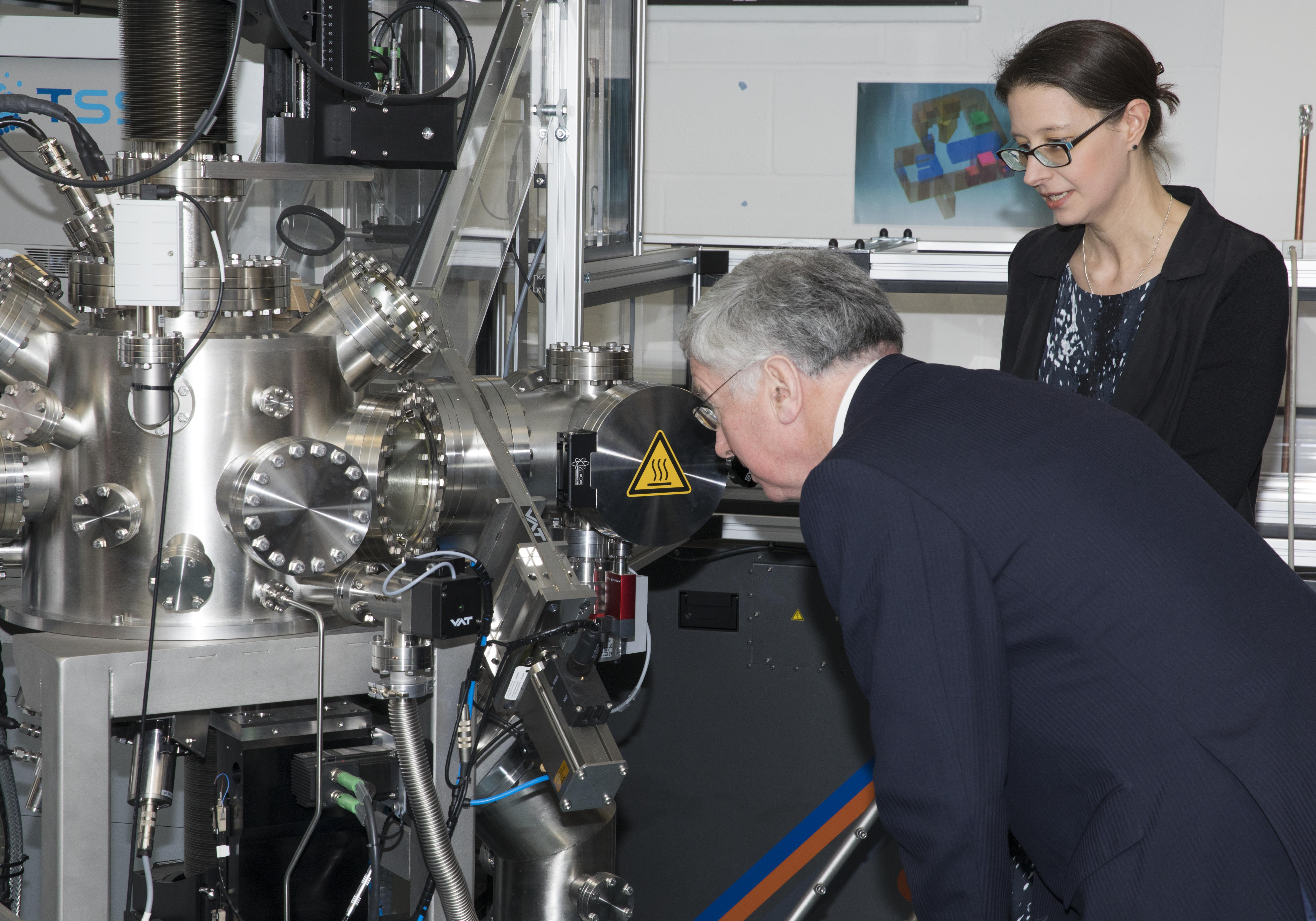 New Oxford superconductor centre energises high-tech innovation