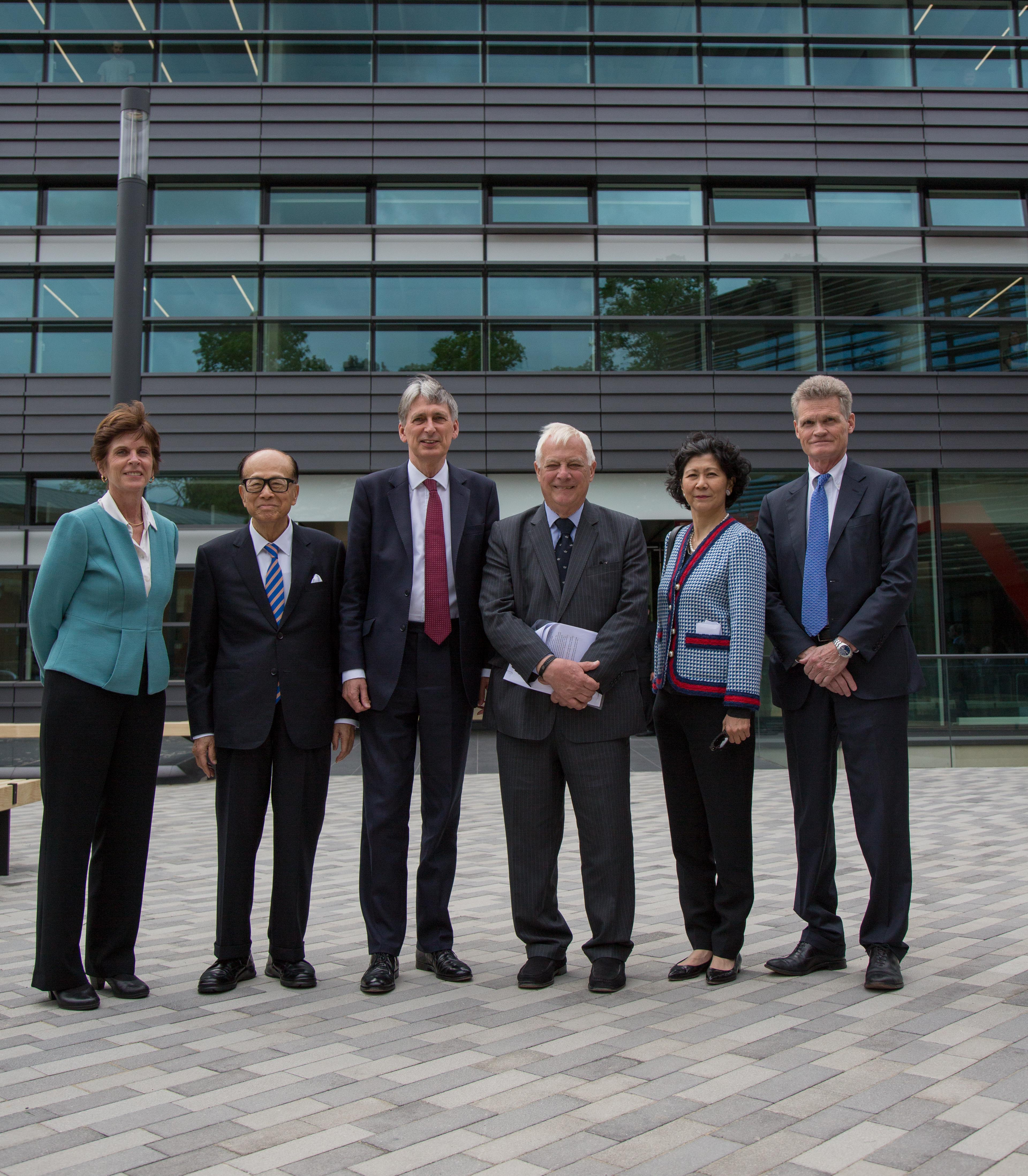 World's largest health big data institute opens in Oxford