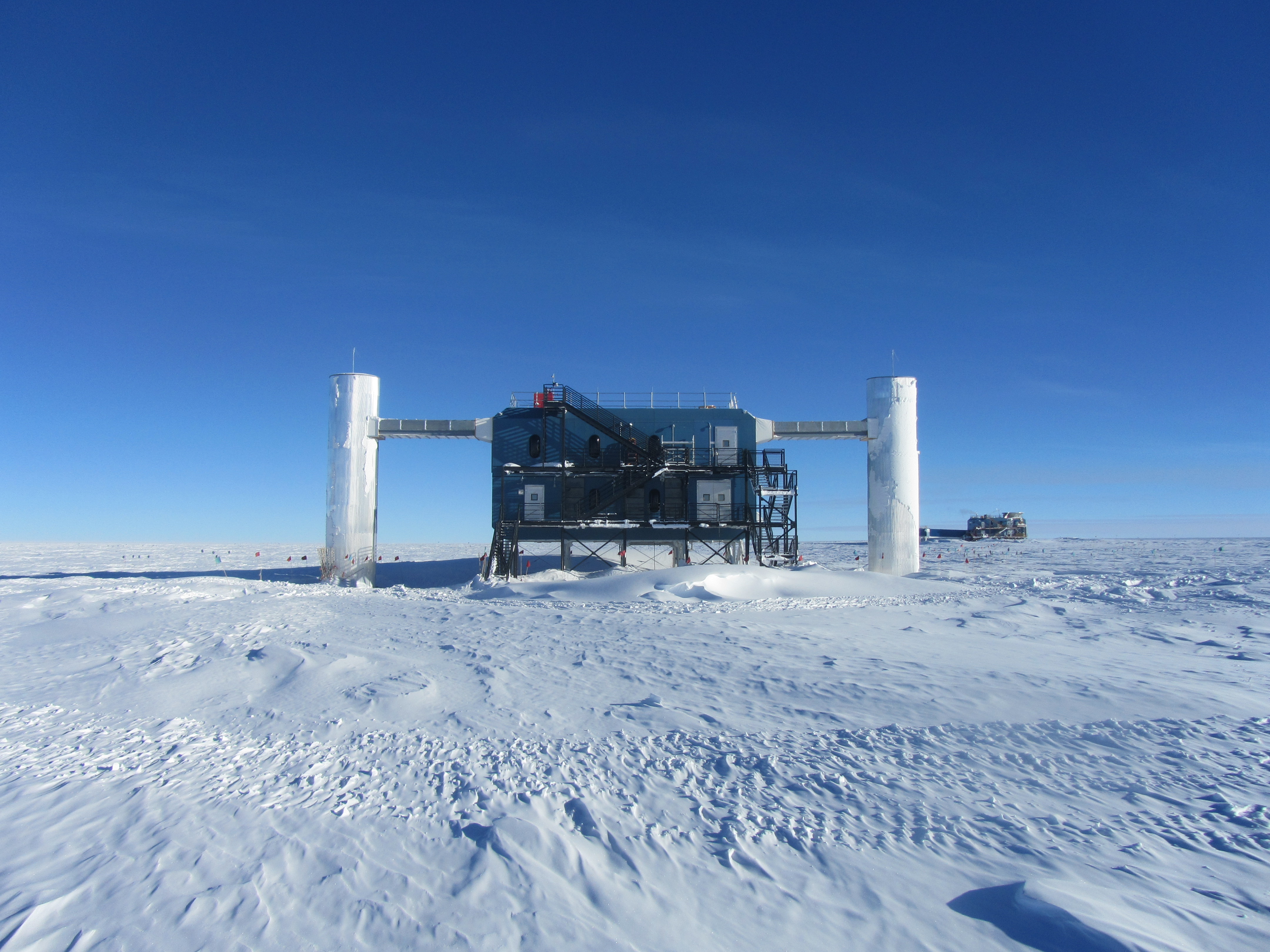 Antarctic telescope shows how the Earth stops high-energy particles