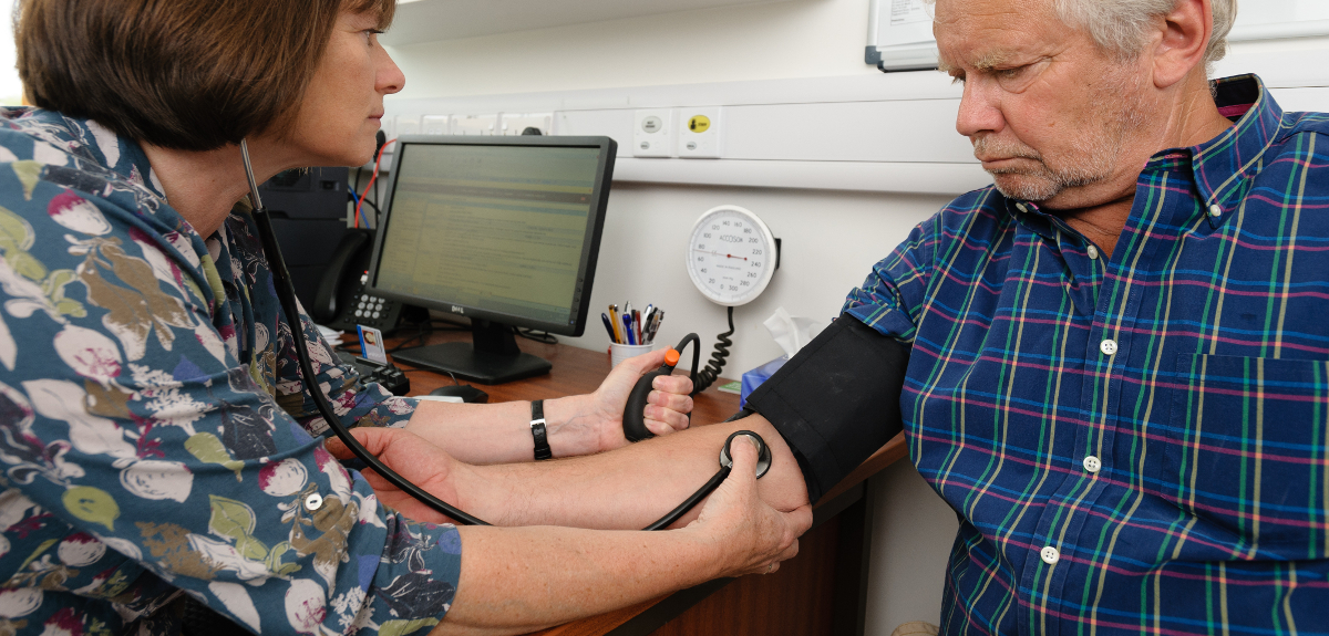Blood pressure treatment should be based on personal risk not minimum thresholds