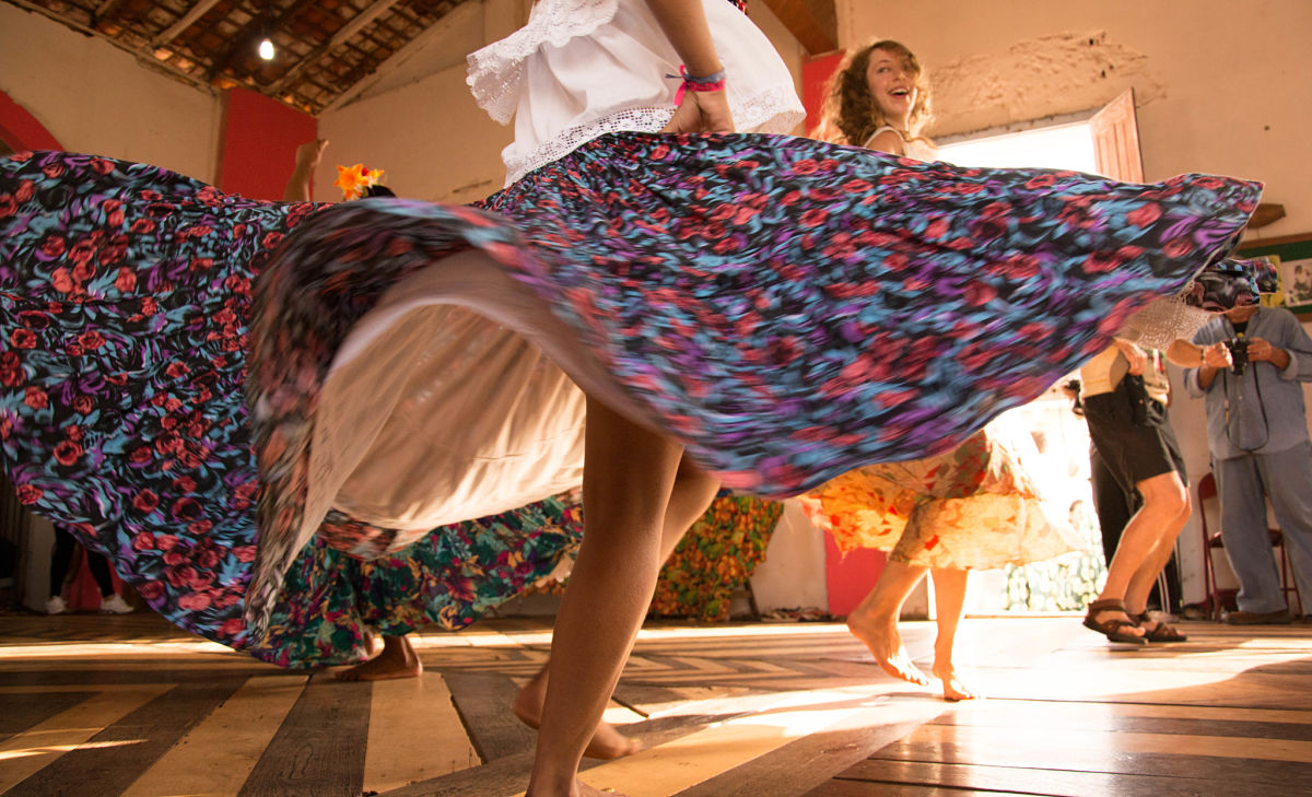 Dancing 'raises pain threshold'