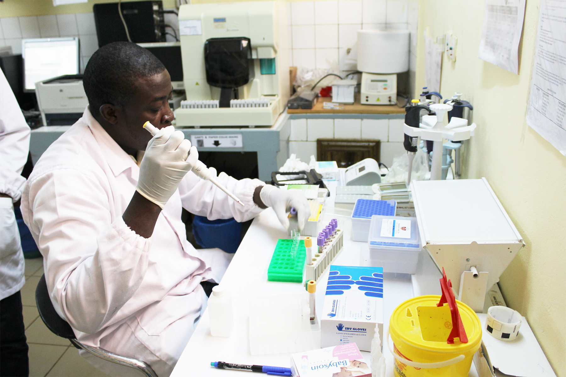 Malaria vaccine becomes first to achieve WHO-specified 75% efficacy goal |  University of Oxford