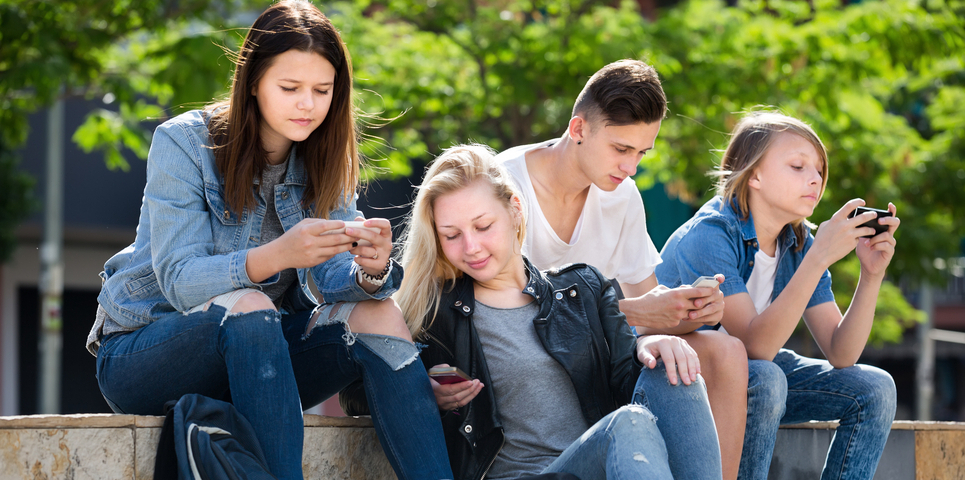 'Moderate amounts of screen time may not be bad for teenagers' well-being'