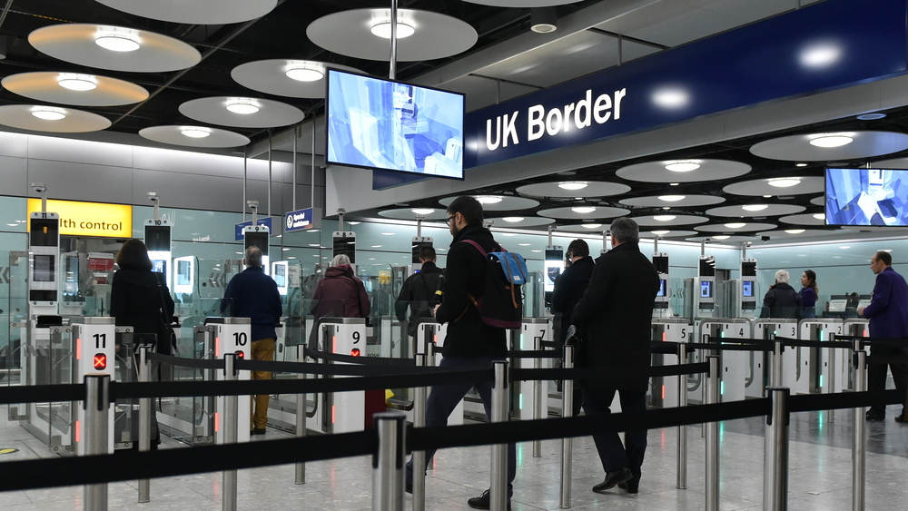 Europeans' attitudes to migration 'do not depend on net migration levels'