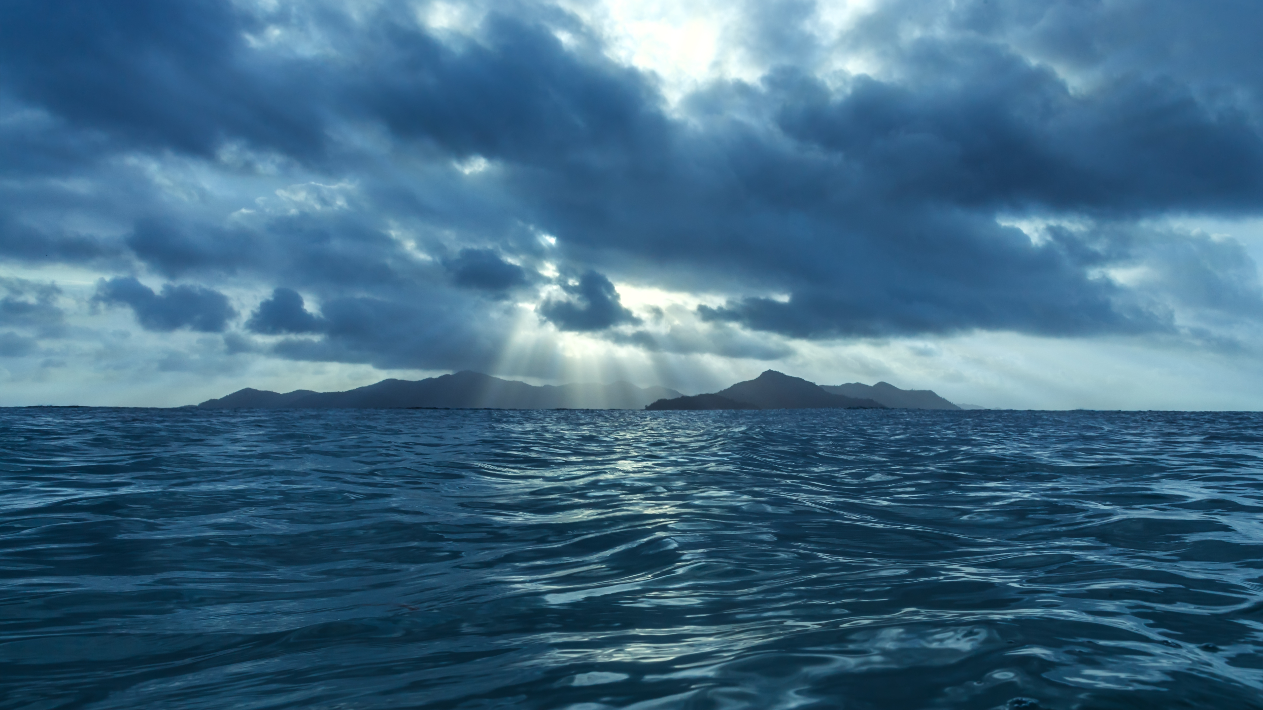 A century and a half of reconstructed ocean warming offers ...