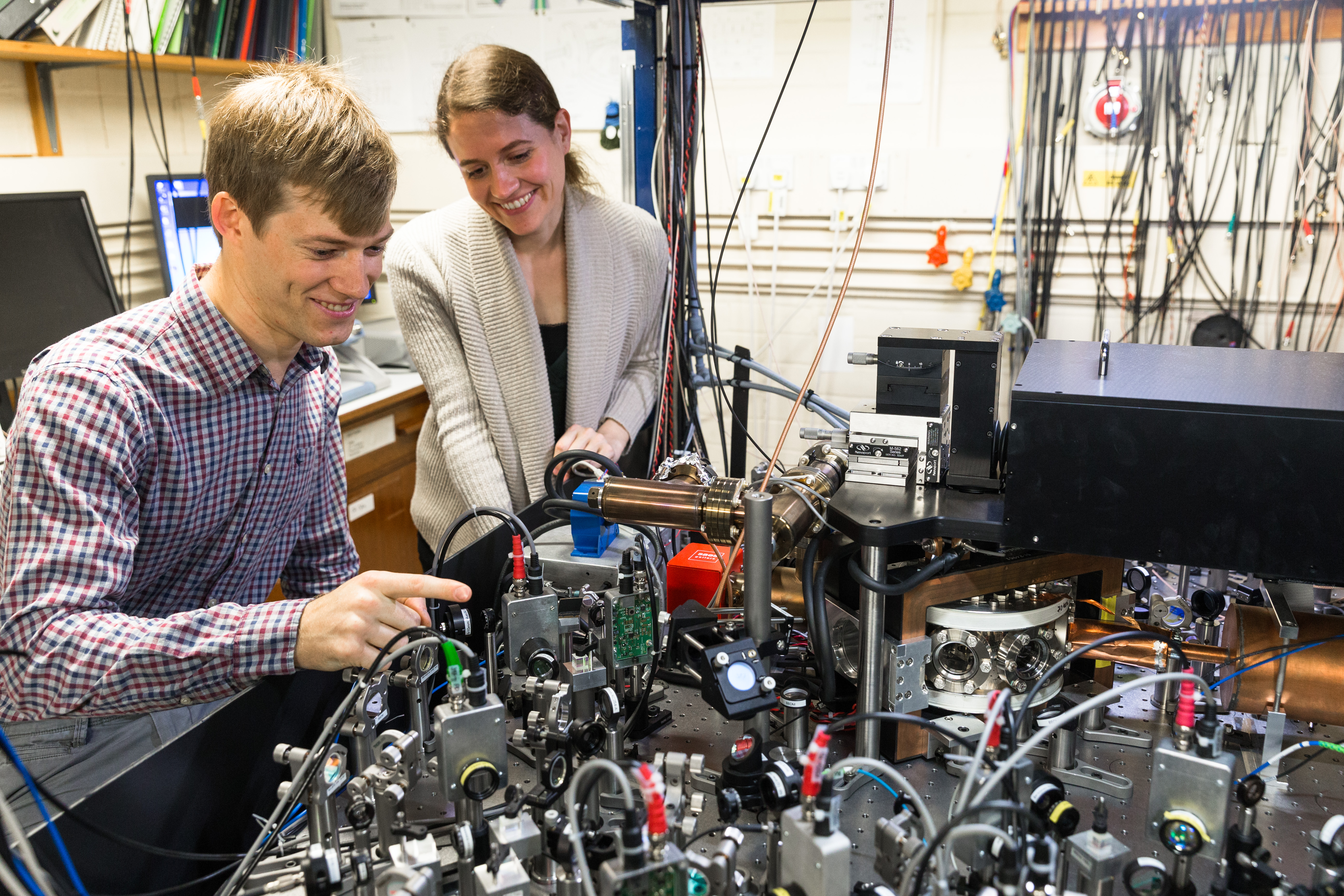 New speed record for trapped-ion 'building blocks' of quantum computers