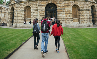 students outside Radcliffe Camera