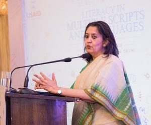 Dr Sonali Nag delivering a talk on literacy