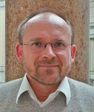 Dr Neven Fučkar