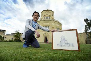 Clarendon scholar showing artwork