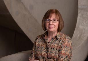 Dr Ruth Dixon