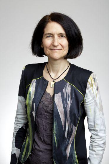 Dr Claire Craig
