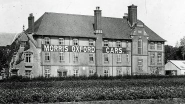 Morris Oxford Cars factory