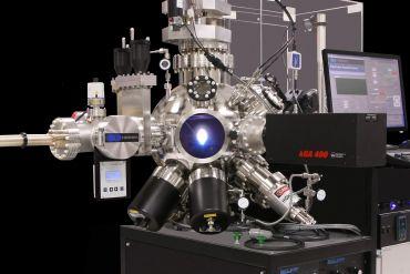 P180 laser MBE