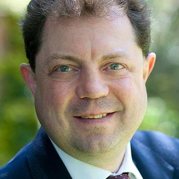 Dr Paul Irwin Crookes