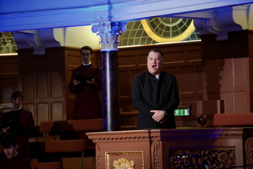 Image of Sir Bryn Terfel performing John Rutter's Joseph's Carol, dedicated to the Oxford vaccine team