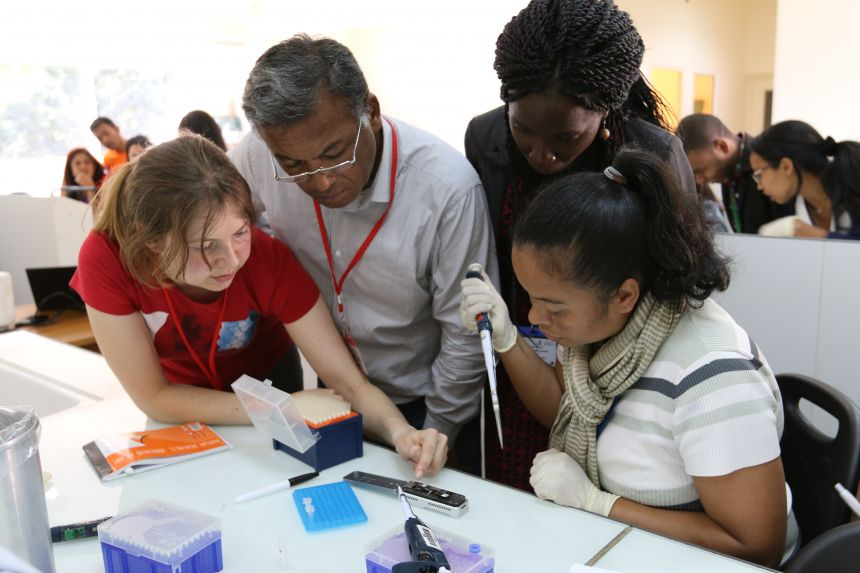 Using portable, real time DNA sequencing to fight drug-resistant TB