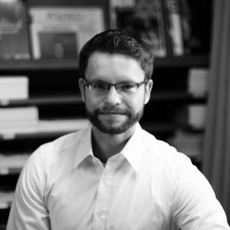 Dr Matthias Dilling