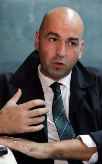 Dr Igor Calzada