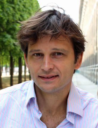 Dr David Howard