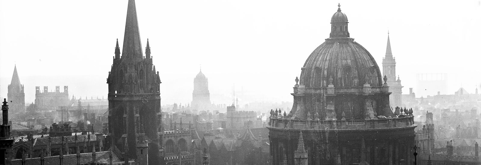 A black-and-white photograph of Oxford's skyline, 1930