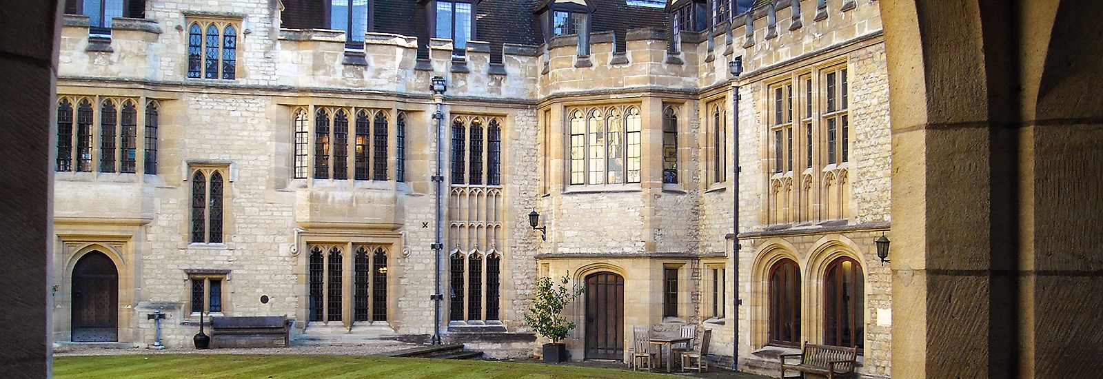 A quad in St Cross College