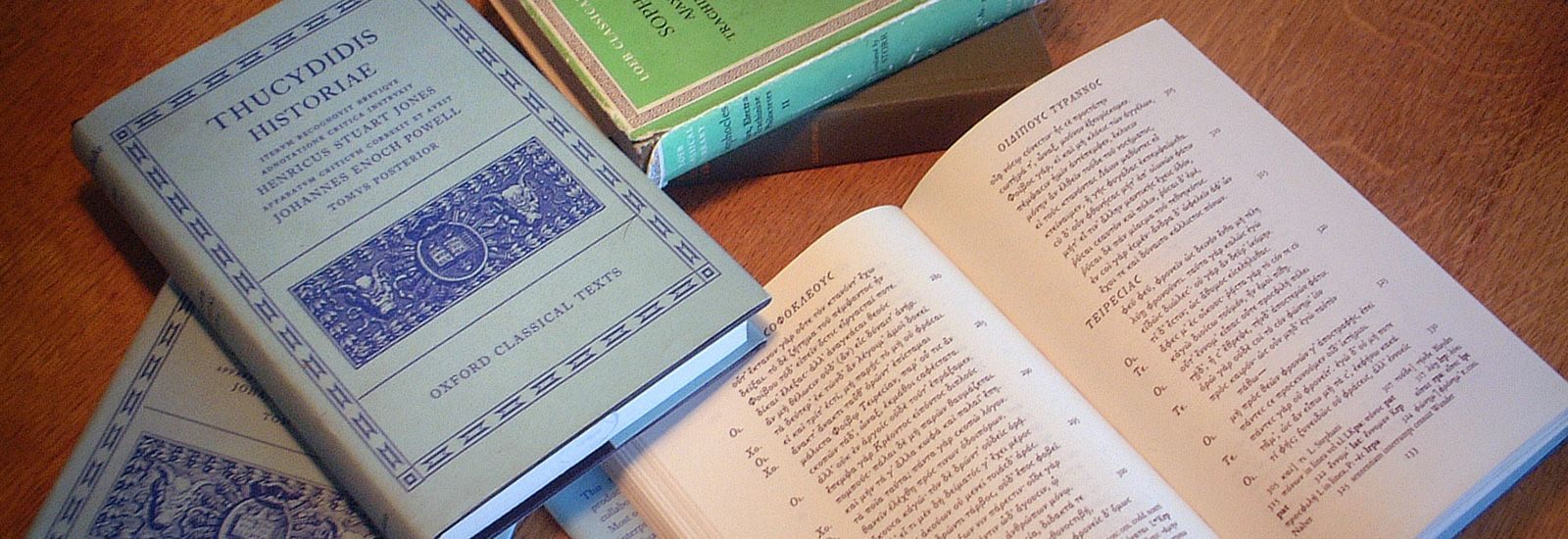 A collection of classical literature including Thucydides Historiae.