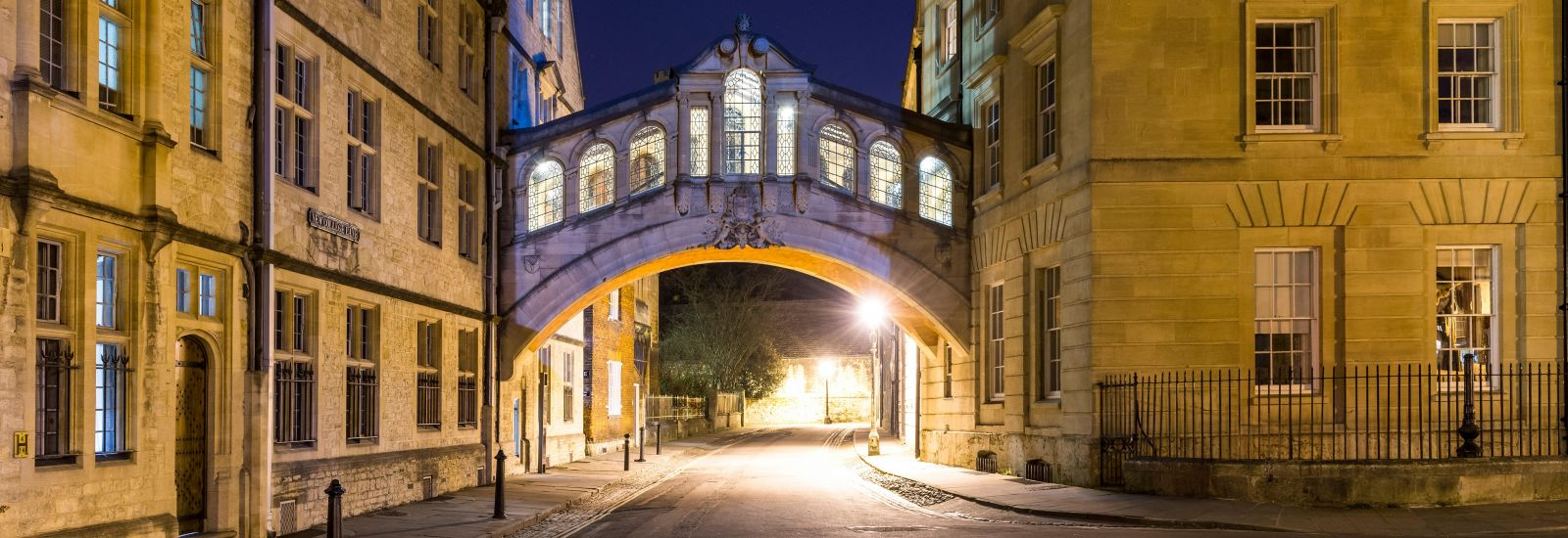 New College Lane and the Bridge of Sighs at night