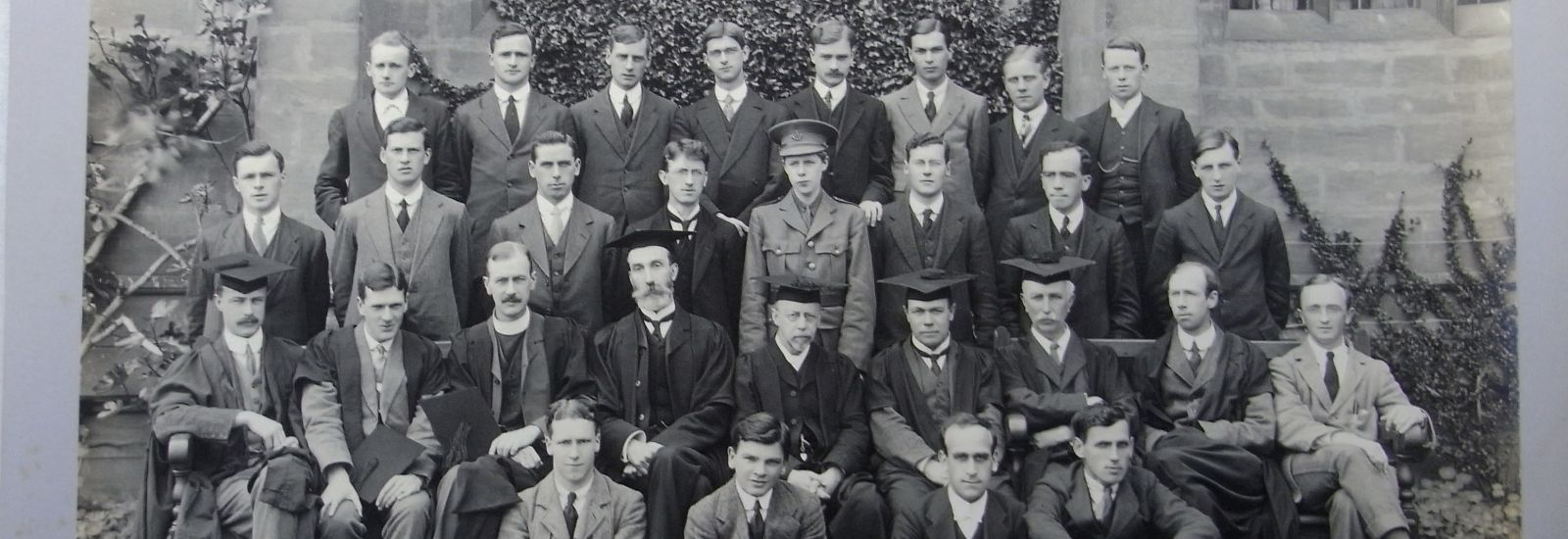 Mansfield College Group, 1915