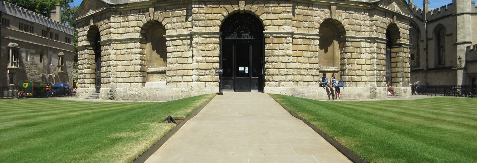 Radcliffe Camera Access Ramp