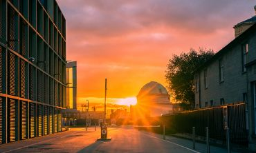 A sunset with the Maths Institute and Green Templeton College
