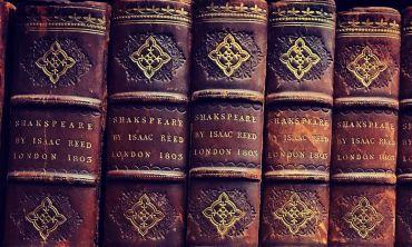 Books in Lincoln College Library
