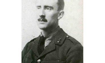 JRR Tolkien in uniform, 1916