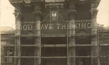 God Save the King sign erected at OUP Oxford