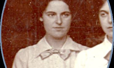 Charis Barnett, Somerville undergraduate in time of war