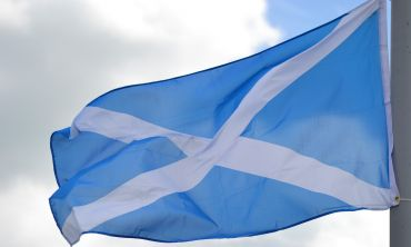 Image of Scottish flag flying in the wind