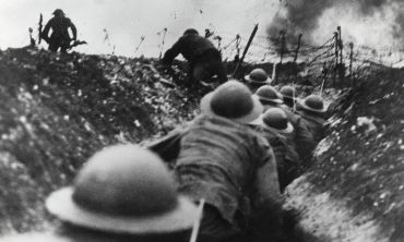 First World War soldiers in a trench