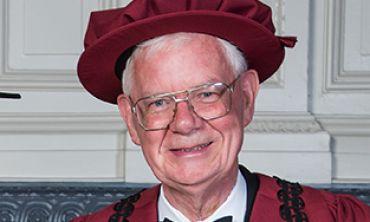 Dr David R Harvey