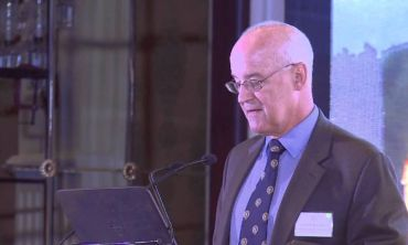 Vice-Chancellor's introduction to Mobilising Healthcare (Oxford India Lecture 2014)