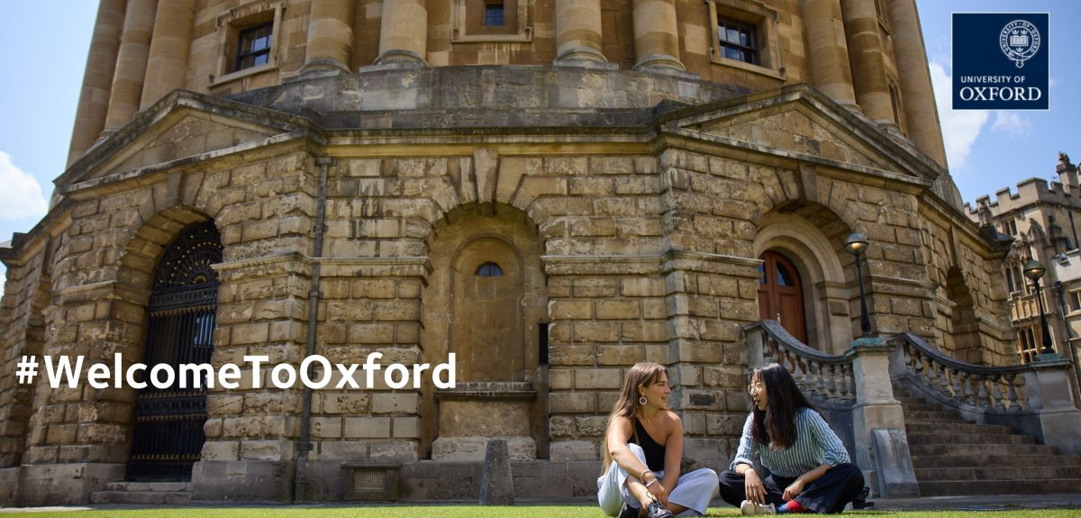 #WelcomeToOxford - Students in front of the rad cam