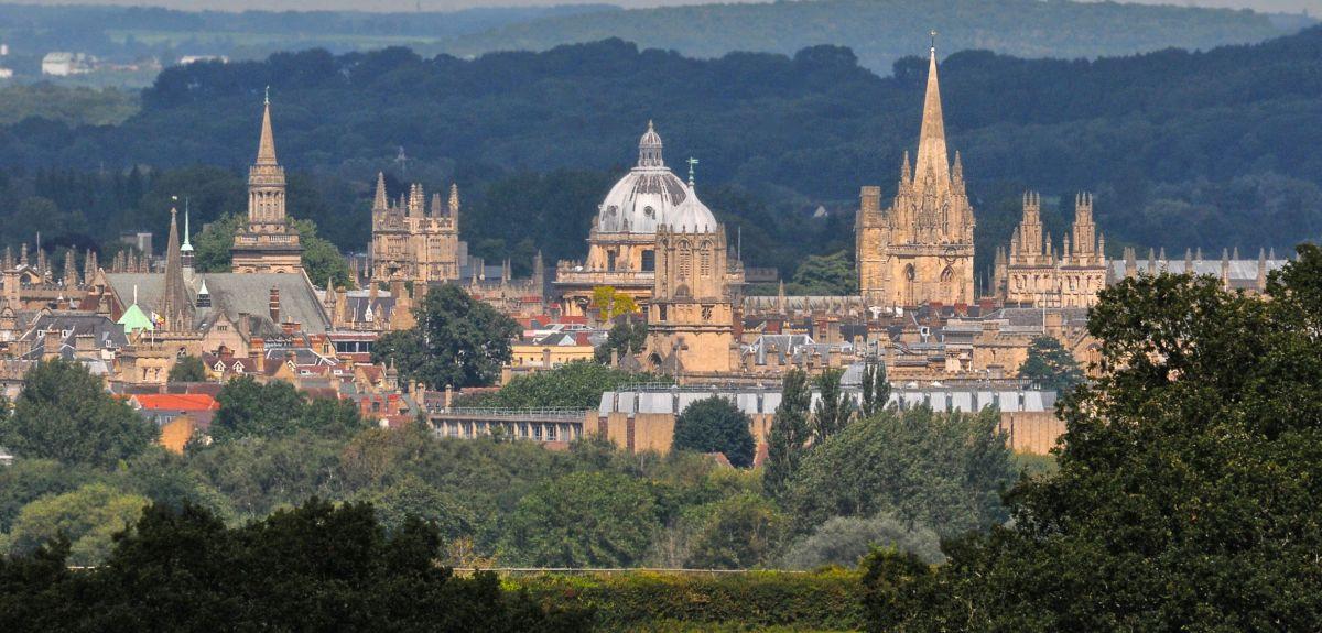 Image of Oxford University buildings across the skyline
