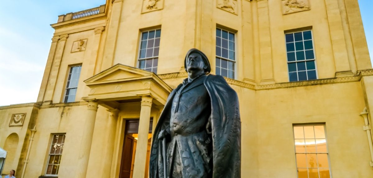 John Radcliffe statue