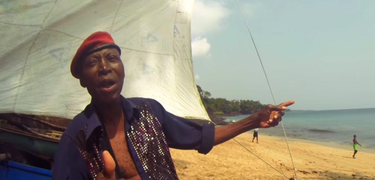 João Seria singing Mother of the Sea