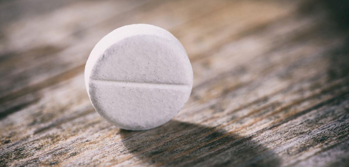 Long-term aspirin use linked to bleeding risk in elderly