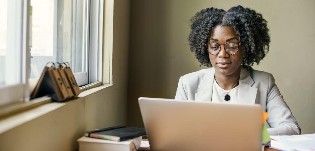 Lady on a laptop